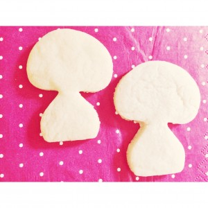 Sugar cookies in the shape of mushrooms, party favours