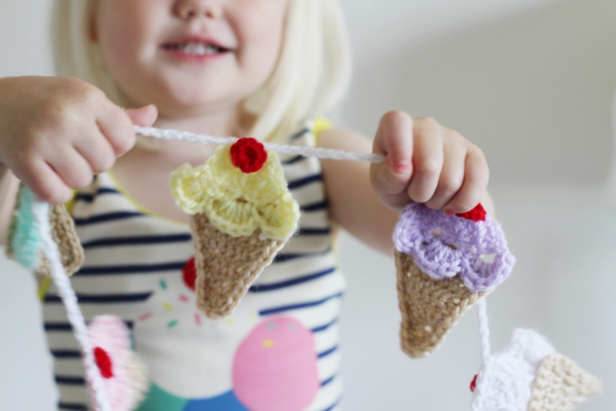 Ice-cream cone garland www.merrygolden.com